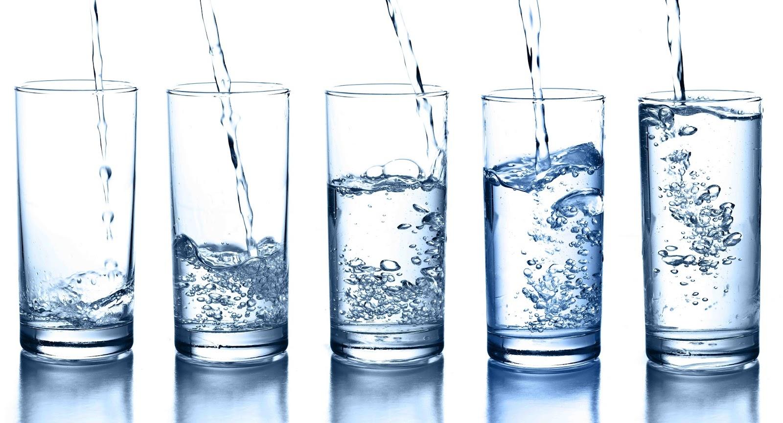 Água: Entenda como beber em excesso pode fazer mal ao organismo