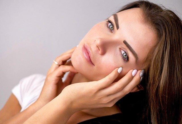 Espinha interna: porque surgem e como tratar